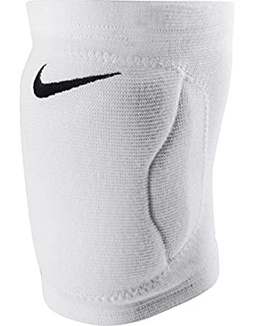 99bc1f43a9bc1 Amazon.com  Protective Gear - Volleyball  Sports   Outdoors ...