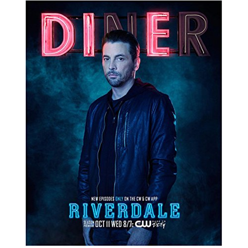 Skeet Ulrich 8 inch x 10 inch PHOTOGRAPH Riverdale (TV Series 2017 - ) Under 'DInEr' Title Poster kn