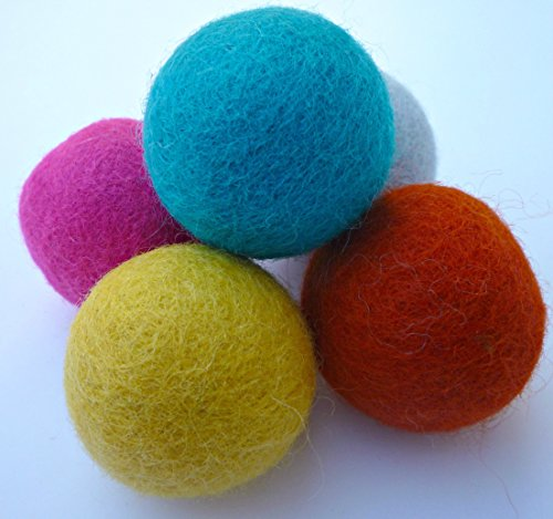 Set of 5 Wool Felt Ball Toys for Cats and Kittens, Adorable Colorful Soft 4cm Felted Fabric Cat Toy Balls, Unique Handmade Natural, Perfect Cat Lover …