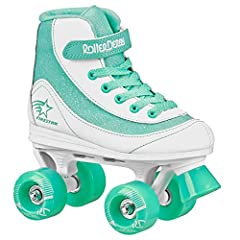 Watch her roll out on the Roller Derby Girls' Firestar Quad Roller Skates. This stylish skate delivers lasting comfort for your little one with a padded collar and comfort sport design. The power strap holds her foot securely so she feels con...