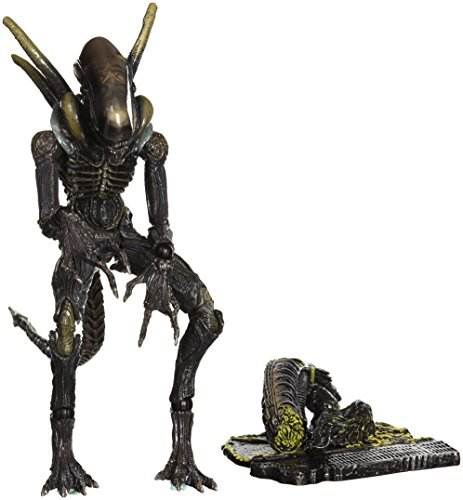 Aliens Colonial Marines Play Arts Kai Lurker Action Figure by Aliens