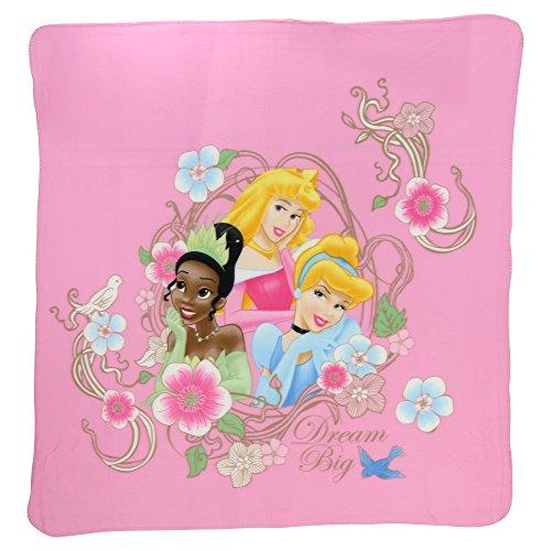 Kids Favorite Character Fleece Blanket (Dream Big Princesses)