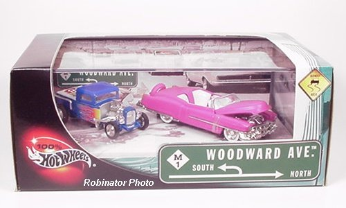 1/64 '53 Cadillac Biarritz(ピンク)&'32 Ford Pickup(ブルー) 2台セット 「100% Hot WHeels」 WOODWARD AVE. 56765