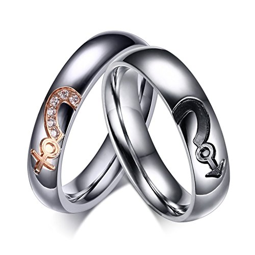 Wang Rong ROWAG 5MM Titanium Stainless Steel Mens Black Plated Couple Rings 4MM Womens Cubic Zirconia CZ for Him and Her Wedding Promise Bands