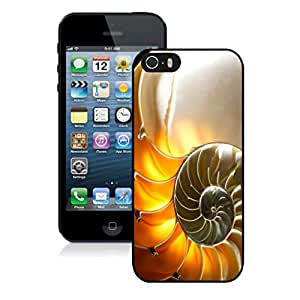 Designer Apple Iphone 5s Case Beautiful Conch Shell Black Phone Cover Accessories for Iphone 5