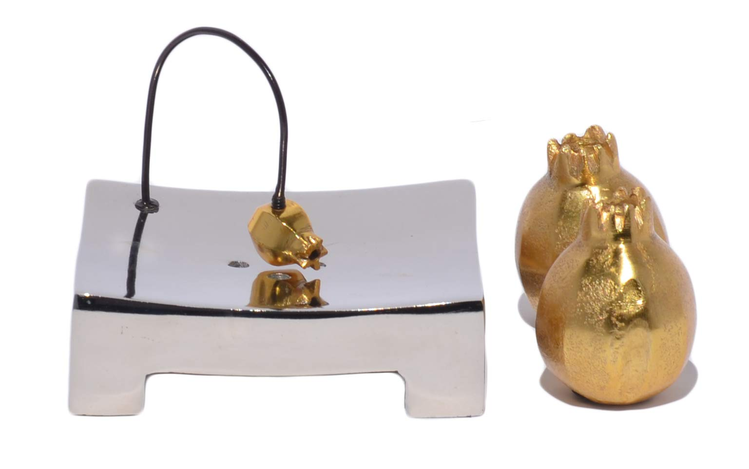 Vibhsa Housewarming Gift Handcrafted Pomegranate Napkin Holder and Salt and Pepper Shakers Gift Set
