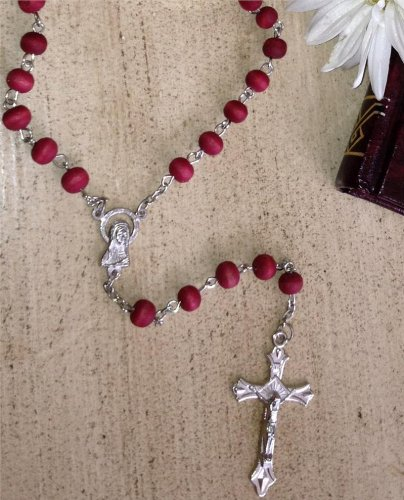 20-inch Rose-Scented Red Rosary Necklace in a Fancy Rosary Box