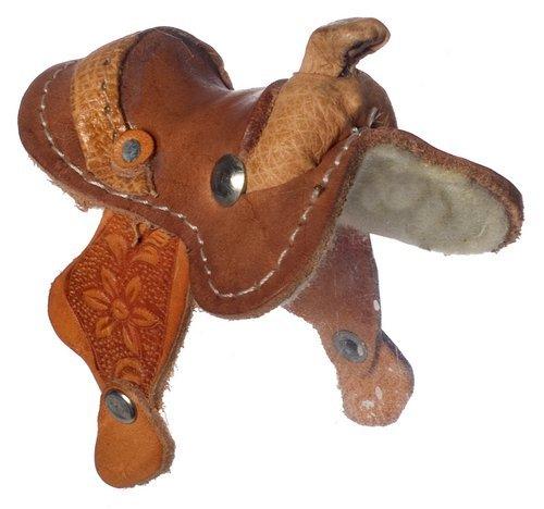 Dollhouse Miniature 1:12 Scale Western Leather Saddle #M0026
