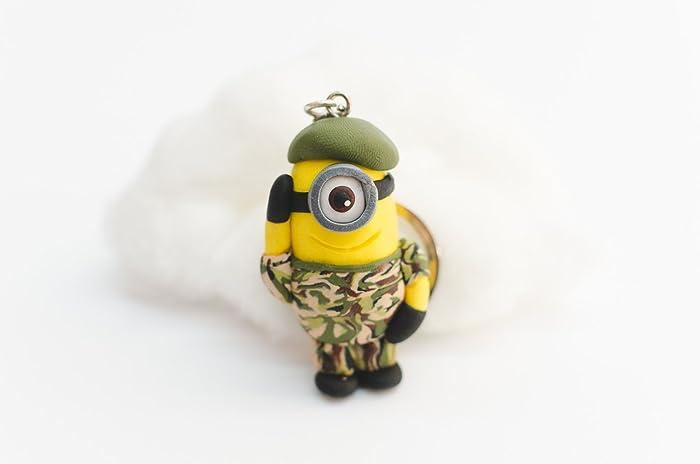 LLavero minion militar - HECHO A MANO: Amazon.es: Handmade