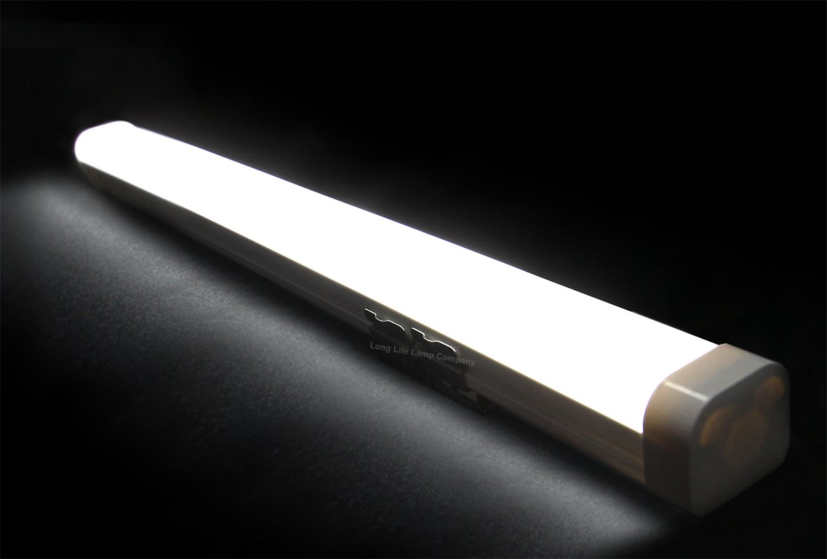 Indoor Lighting 18W 2ft Industrial LED Batten Tube Light Surface