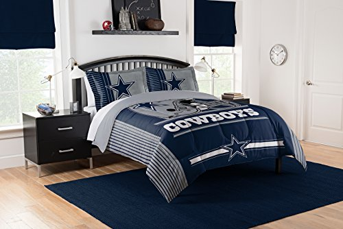 Officially Licensed NFL Dallas Cowboys Safety Full/Queen Comforter and 2 Sham ()