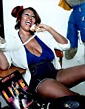 #4: Aretha Franklin Busty on Telephone 8x10 Photo #P1355