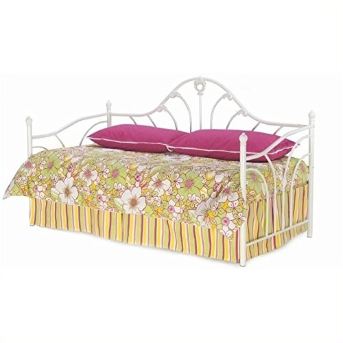 Pemberly Row Metal Daybed in Antique (Bedroom Brass Daybed)
