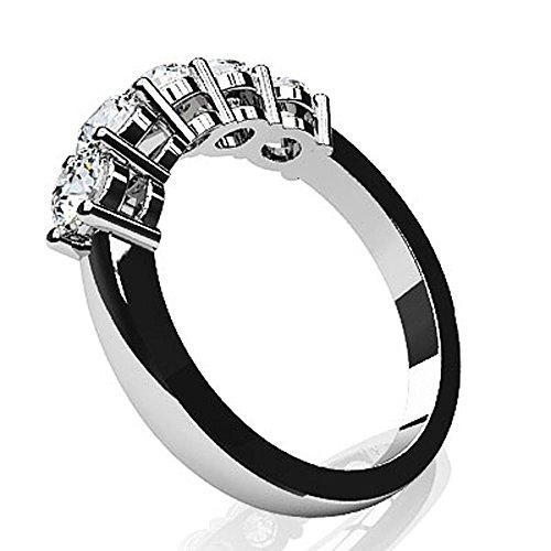 Or blanc 14K cinq sur bande de diamant