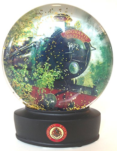 Wizarding World of Harry Potter : Hogwarts Express Train Glass Snow Globe