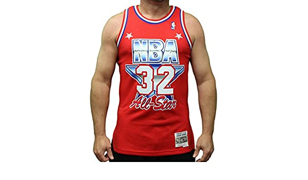 c4d28629f7a7 Amazon.com   Mitchell   Ness Magic Johnson 1991 NBA All Star West Swingman  Red Jersey Men s   Sports   Outdoors