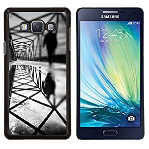 KLONGSHOP // Cubierta de piel con cierre a presión Shell trasero duro de goma Protección Caso - arquitectura profunda oscuridad que significa negro - Samsung Galaxy A7 A7000 //