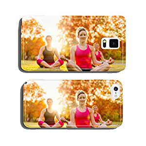 group of 3 women doing yoga in nature cell phone cover case Samsung S5