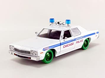 / Escala 1//24//–/Blanco//Azul /Blues Brothers Chicago Police 1980/ /84012/ Greenlight Collectibles/ /Dodge Monaco/