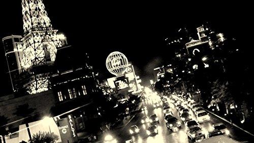 las-vegas-boulevard-the-strip-fine-art-black-and-white-photo