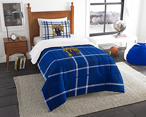 "Kentucky Wildcats - 2 Piece TWIN Size Embroidered Comforter Set - Entire Set Includes: 1 Twin Comforter (64""x86"") & 1 Pillow (Kentucky Wildcats Applique)"