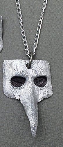 (SALE!! Plague Doctor Mask Necklace, Plague Doctor necklace, 3D Printed, 3D Design, Plague Doctor)
