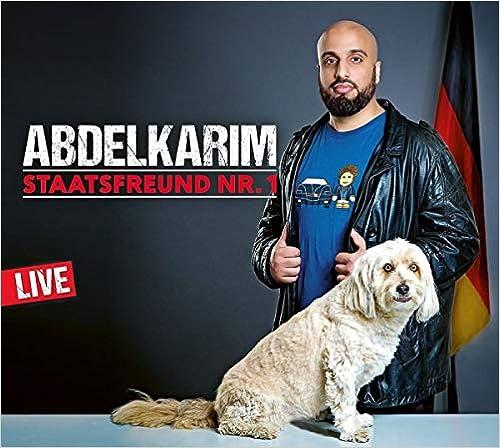 """Staatsfreund Nr. 1: WortArt Audio-CD – Hörbuch, CD  Ein Freundschaftshörbuch für Fortgeschrittene  Abdelkarim hat sich oft gefragt, was er eigentlich ist: ein deutscher Marokkaner oder ein marokkanischer Deutscher? Mittlerweile weiß er es: Er ist ein Deutscher gefangen im Körper eines Grabschers. Abdelkarim hat sich aber um den Gesellschaftsteilnahmeschein bemüht und er hat es geschafft! Er ist der wichtigste Mann in Deutschland. Er ist der """"Staatsfreund Nr. 1""""!  Von der Jugendkultur, über das Leben in der Bielefelder Bronx bis hin zu tagesaktuellen und gesellschaftspolitischen Themen spinnt Abdelkarim gleichermaßen irritierende wie feinsinnige Geschichten.  (2 CDs, Laufzeit. ca. 2h 20)"""