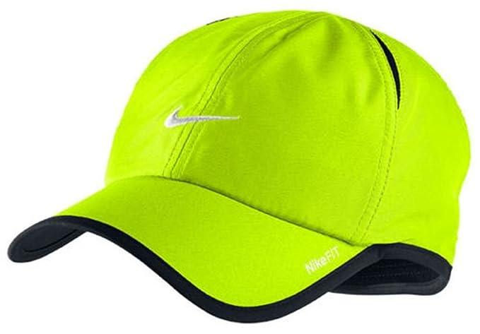 de30e7a5627c83 Amazon.com : Nike Unisex Feather Light Tennis Hat, Volt : Clothing