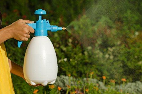"""CAPPL's "" Garden 2 Liter Pressure Adjustable Pump Water Mister Spray Bottle for Garden and Cars"