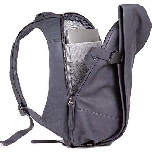 Cote&Ciel Isar Alias Medium Cowhide Leather Backpack | Graphite Grey