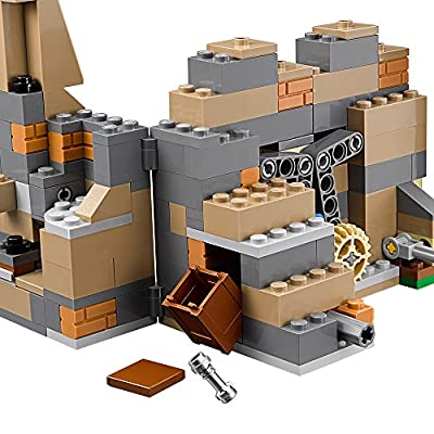 LEGO Star Wars Battle on Takodana 75139: Toys & Games