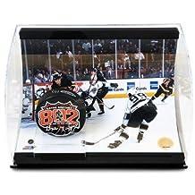 "WAYNE GRETZKY Signed ""802 Goal"" Puck Curve Display LE 99 - Upper Deck Certified - Autographed NHL Pucks"