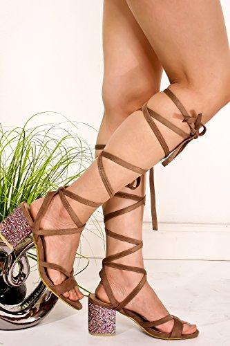 Tracolla Aperta Con Cinturino Alla Caviglia E Cinturino Alla Caviglia