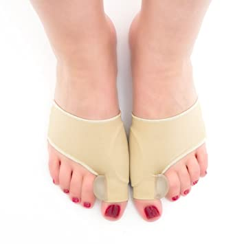 8cc9bc9ac1 Pair of Orthopedic Bunion Corrector Toe Socks Separators - one size fits  most feet