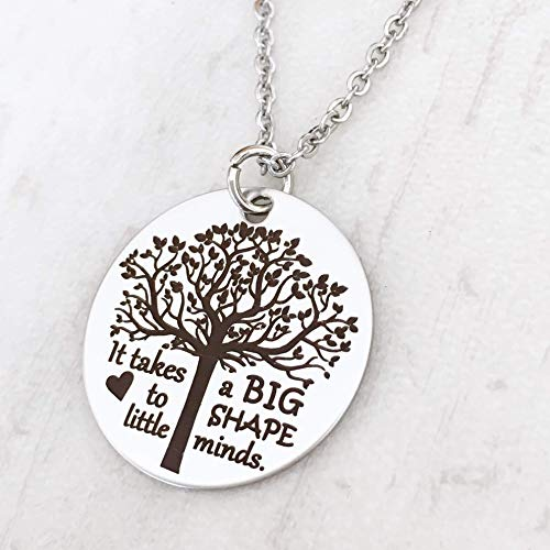(It takes a big heart to shape little minds - Teacher's Tree of Life Necklace - 18-inch 2mm Cable Chain)