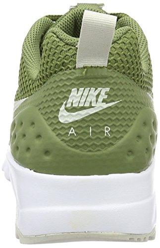 Nike Air Max Motion LW SE, Zapatillas de Running para Hombre Grün (palm Green/Light Bone-White)