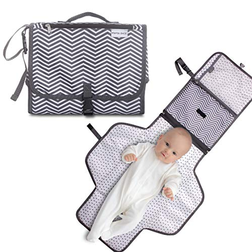 MAMA DUCK Portable Baby Changing Pad, Waterproof Diaper Clutch, Ideal Registry for Baby Shower, Detachable, Foldable and Padded Travel Changing Mat for Boys and Girls
