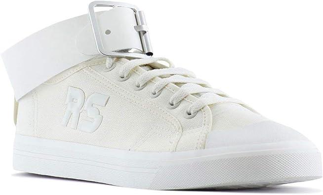 Respiración Coche Inseguro  Amazon.com   adidas x RAF Simons Men Spirit Buckle (White/Off White/Black)    Fashion Sneakers