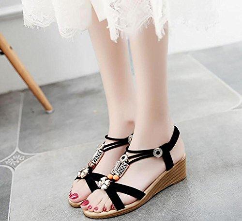 Verano 2017 nueva pendiente con sandalias abierta dedo en el piso con zapatos salvajes 2