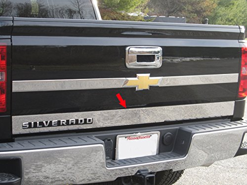 (QAA FITS SILVERADO 2014-2018 CHEVROLET (1 Pc: Stainless Steel Rear Tailgate Accent Trim - 3.75