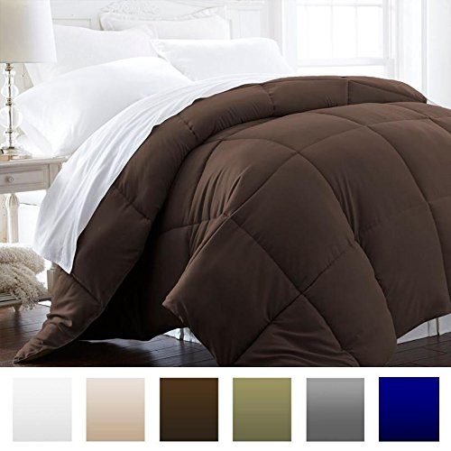 Brown Comforter - Beckham Hotel Collection 1600 Series - Lightweight - Luxury Goose Down Alternative Comforter - Hotel Quality Comforter and Hypoallergenic - Full/Queen - Brown