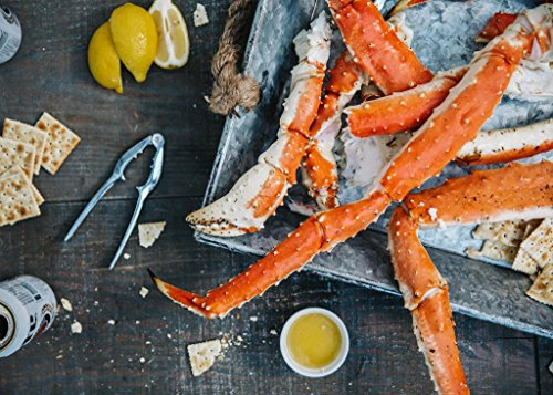 Alaskan King Crab: Super Colossal Red King Crab Legs (3 LBS - PRE CUT) - Overnight Shipping Monday-Thursday ()