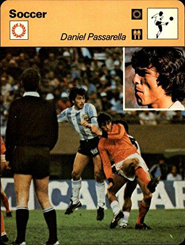 1977-79 Sportscaster Series 60 #6001 Daniel Passarella - NM-MT (6001 Series)