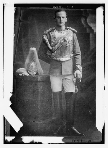 Photo: Archibald Henry MacDonald Sinclair,1890-1970,Archie Sinclair,in outfit,British