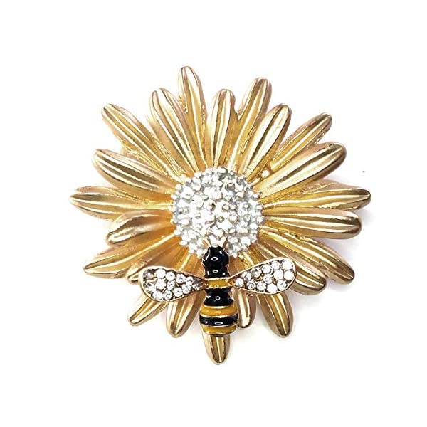 1b78b6b2de19e Joji Boutique Golden Daisy Pin with Bejeweled & Enameled Bee