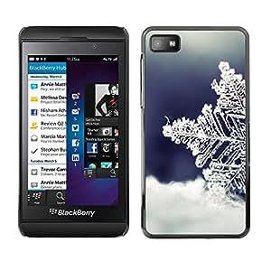 Be Good Phone Accessory // Dura Cáscara cubierta Protectora Caso Carcasa Funda de Protección para Blackberry Z10 // Cold Winter Snow Blue