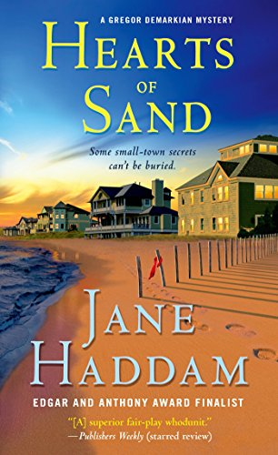 Hearts of Sand: A Gregor Demarkian Novel (The Gregor Demarkian Holiday Mysteries Book 28)