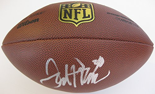 Football Autographed Pro Denver Broncos (Terrell Davis, Denver Broncos, Georgia Bull Dogs, Signed, Autographed, NFL Duke Football, a COA with the Proof Photo of Terrell Signing Will Be Included)