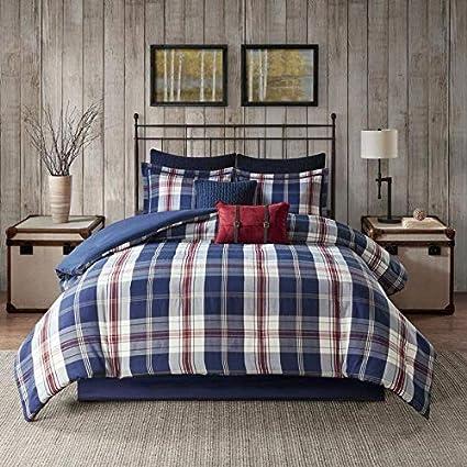 Amazon Com 3 Piece Oversized Cabin Jacquard Plaid Comforter Set