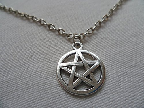 Pentagram Necklace, Pentacle Necklace,small Silver Pentagram Necklace, Wiccan, Pagan, Wiccan Jewelry, Pentagram Pendant Silver Pentacle